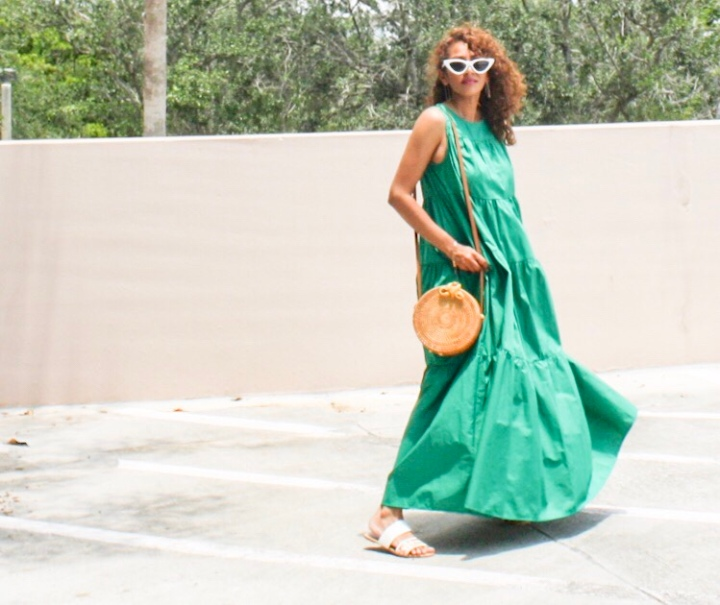 Stepping out of my Comfort Zone in this fun Who What Wear Maxi Dress